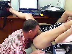 Lady Boss Gives Pussy For Cunnilingus With Engineer Lady Boss. Boss And Employee 2
