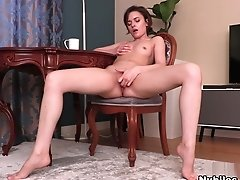 Melody Sweet In Classic Cutie - Nubiles
