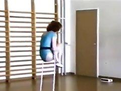 One Leg Amputee Gymnast