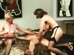 Retro Porn Where Two Chicks Enjoy One Dick