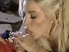 Babewatch - Two Blondes And A Lucky Fellow