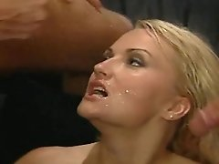 Stacy Valentine Gets Double Penetration Buttfuck Hookup In Threeway