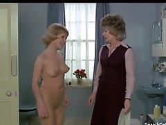 Astrid Frank Nude - Au Pair Femmes