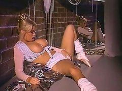 Jenna Jameson, Jill Kelly, Kaitlyn Ashley In Antique XXX Site