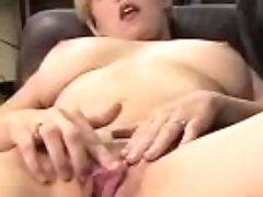 """""""a Quick Cock Blow With A Cumshot That Make Them Arouse"""""""